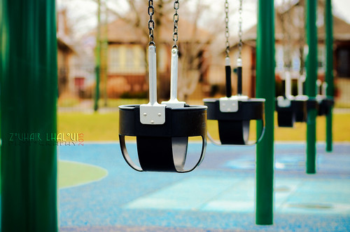 park winter chicago color 50mm illinois nikon empty swings portagepark d7000 zlphotography zouhairlhaloui chicagoparkdistrect