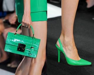Foto7-MichaelKors-Tendencia-Accesorios-Verde-Esmeralda-Color-Pantone2013-glamgodu