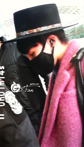 Big Bang - Incheon Airport - 21mar2015 - G-Dragon - GD Fan - 02