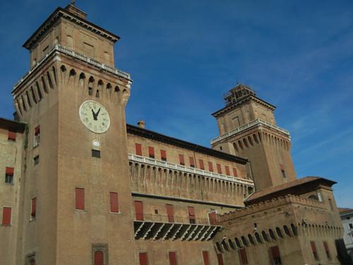 DSCN3695 _ Castello Estense, Ferrara, 17 October