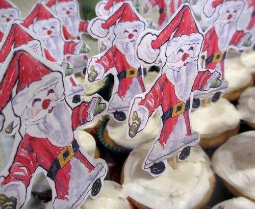 santa topped cupcakes