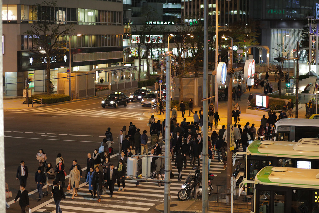 Umeda 1 Chome, Osaka-shi, Kita-ku, Osaka Prefecture, Japan, 0.013 sec (1/80), f/2.0, 85 mm, EF85mm f/1.8 USM