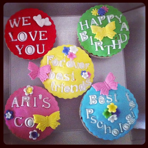#birthdaycupcakes by l'atelier de ronitte
