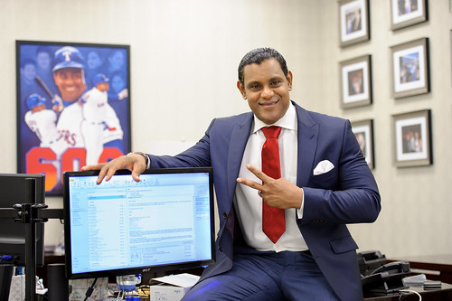 8288151366 8de77cc7c4 These Sammy Sosa pics are creepy yet oddly fascinating