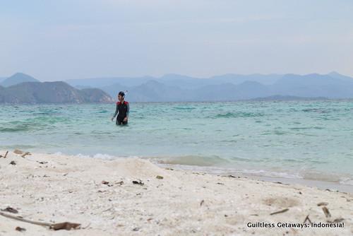 kanawa-island-indonesia.jpg