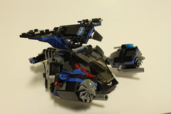 LEGO DC Universe Super Heroes The Bat vs. Bane: Tumbler Chase (76001)