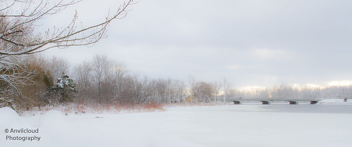 winter mississippiriver riversidepark easternontario carletonplace