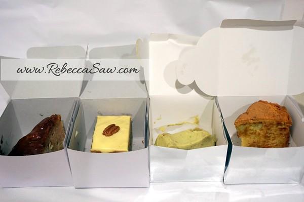 swich cakes - avocado cake