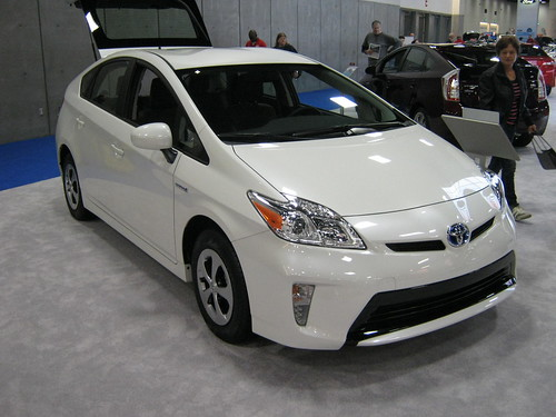 Top Hybrid Cars of 2013