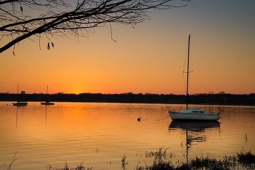 sunset sun sunlight sailboat dallas texas unitedstates whiterock whiterocklake