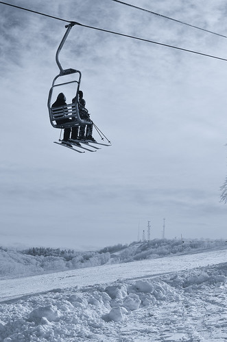 skiing-16