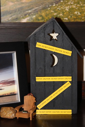 miniature painted outhouse gift