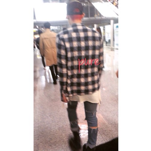 Big Bang - Beijing Airport - 05jun2015 - G-Dragon - PPPPPPPure - 01