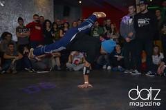 sports(0.0), b-boy(1.0), dance(1.0), street dance(1.0),