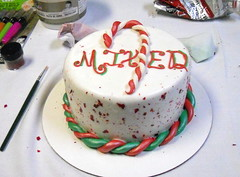 Is there a recipe for frosting that can be used for decorating, but tastes good too?