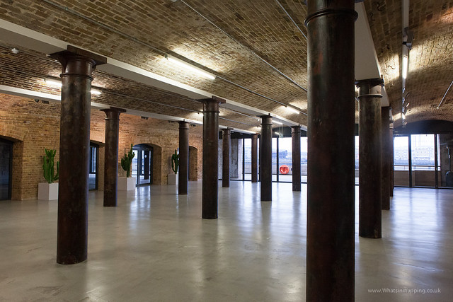 Metropolitan Wharf in Wapping - interior