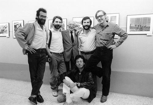 «fem memoria», en la foto. Joan Tomás, Pepe Encinas, Agustí Centelles, Agustín Fernández, Pere Monés, Marcel.lí Sàenz by Octavi Centelles