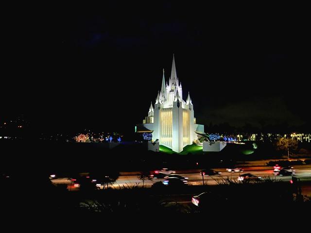 Templo de San Diego. La Jolla, California. Iglesia de Jesucristo de los Santos de los Últimos Días (SUD)