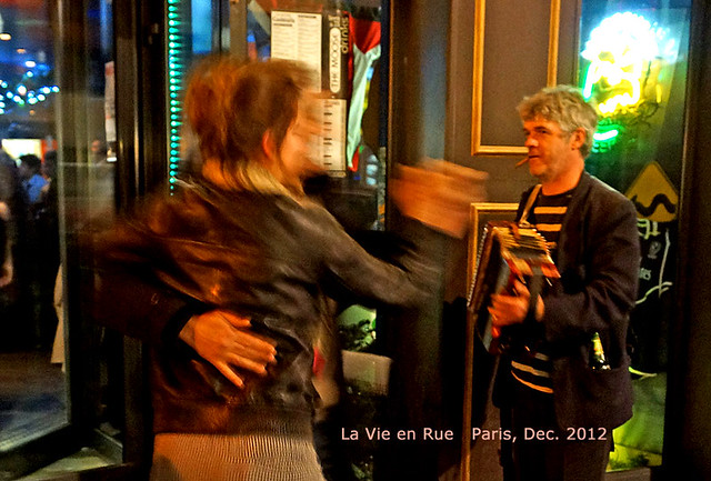acoord-danceers-text-paris-2012-02559