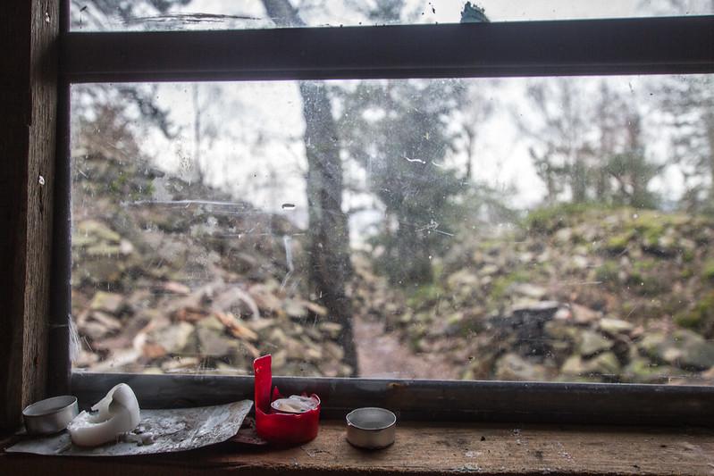 14 Průhled oknem