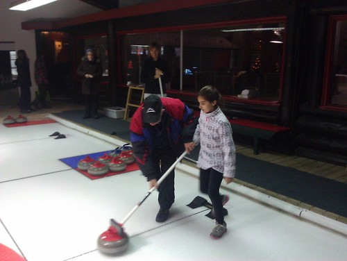 Curling clinic at Montebello by ngoldapple