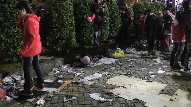 2013台北市跨年晚會垃圾-201301010135-洪惠璟攝-1