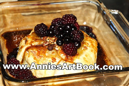 Brie with berries11