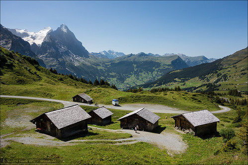 road mountain alps schweiz switzerland cabin hütte explore alpine architektur alm grindelwald alpen dach eiger gebirge mönch berneroberland jungfrauregion männlichen grossescheidegg almhütte explored berneralpen kantonbern bernervoralpen