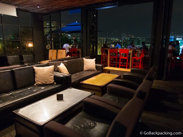 Leather sofas in El Sinko bar and restaurant