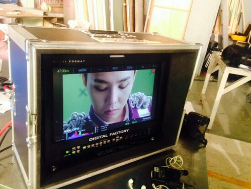 G-Dragon - Tower of Saviors - 2014 - BTS - 07