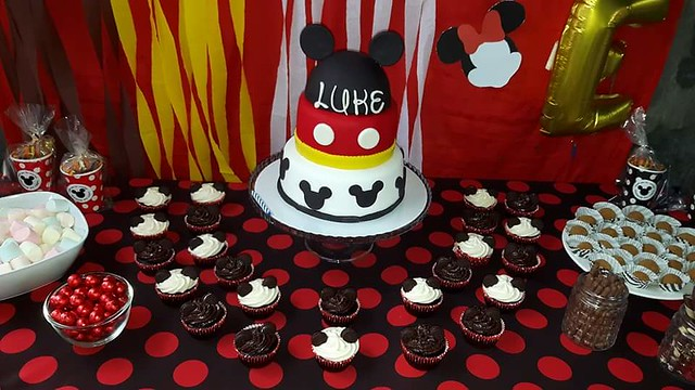 Mickey Mouse Themed Cake by Camz Camille