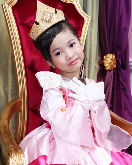 HKDL,63743,12-12-2012