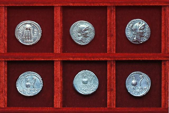 RRC 500-1,3,5 C.CASSI LENTVLVS SPINT Cassius, Cornelia RRC 497 C.CAESAR Octavian, Ahala collection Roman Republic
