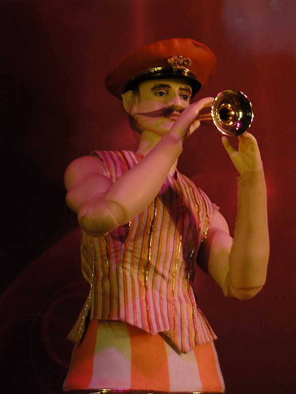 01 7dec12_5385 Cameron's Cirque du Soleil Lexington_Avenue Bloomingdales