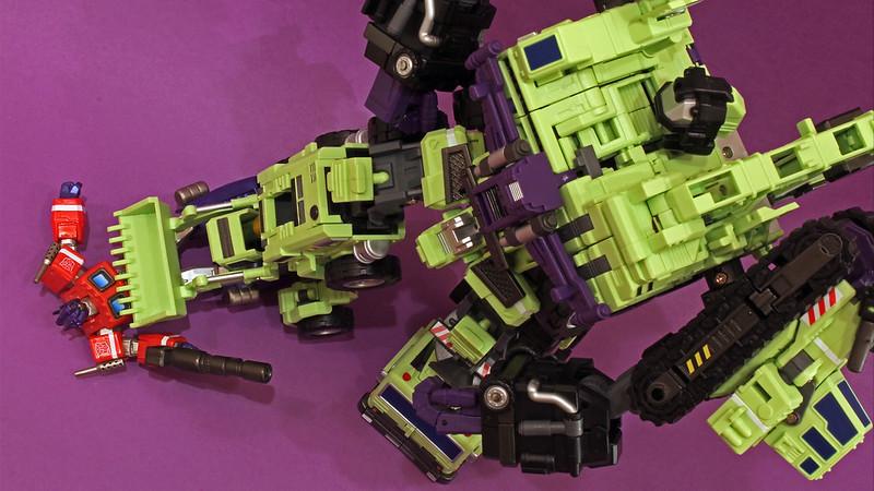 "Collection Nosfe ""Transformers & Hokuto No Ken & Cie"" - Page 2 8281589085_c1f05afd62_c"