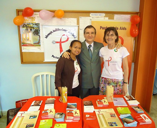 At an Aids Education display for university students are (left to right): Suely de Sousa Marinho (one of our SSL Associates in Brazil), Provost of the Catholic University and Margaret Hosty SSL