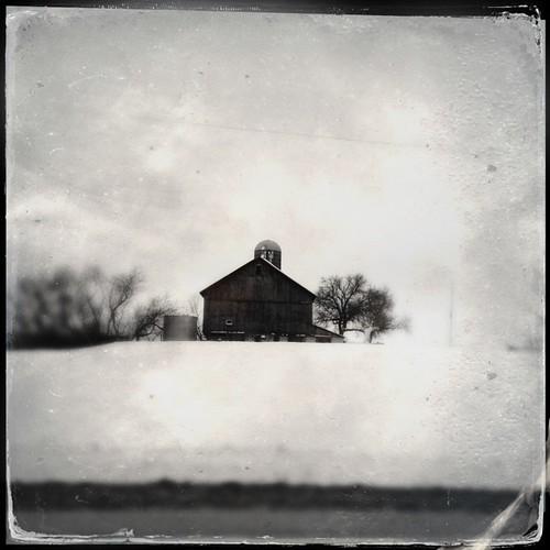 #wisconsin #barn #landscape #bw #blackanwhite