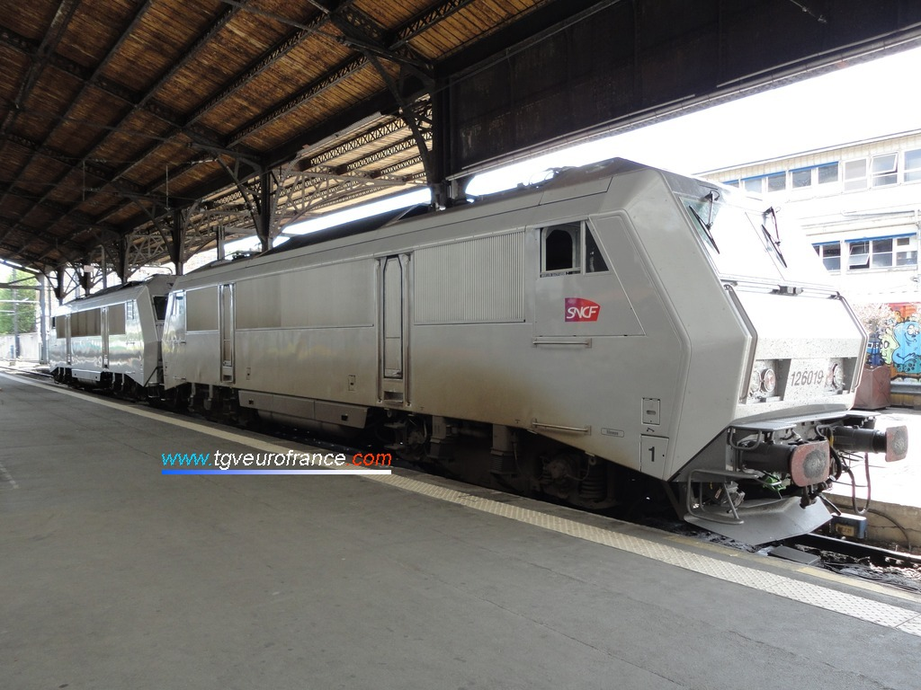 La locomotive polytension BB 26019 de SNCF Voyages