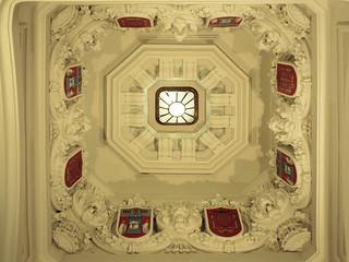 Detalle en techo del patio de operaciones * Ayuntamiento de Madrid