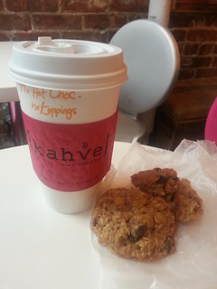 Kahve Hot Chocolate and Oatmeal Cookies