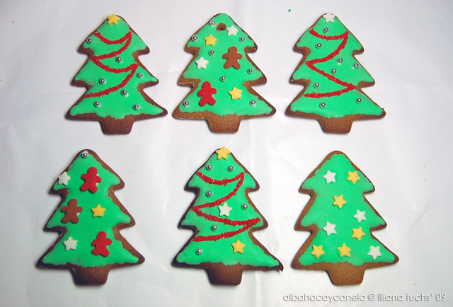 gingerbread cookies1
