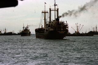 schiffe-im-hafen