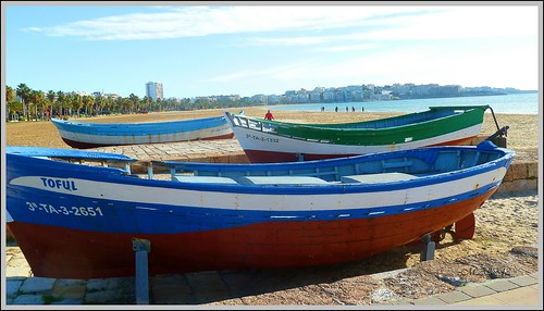 Barcas by Miguel Allué Aguilar
