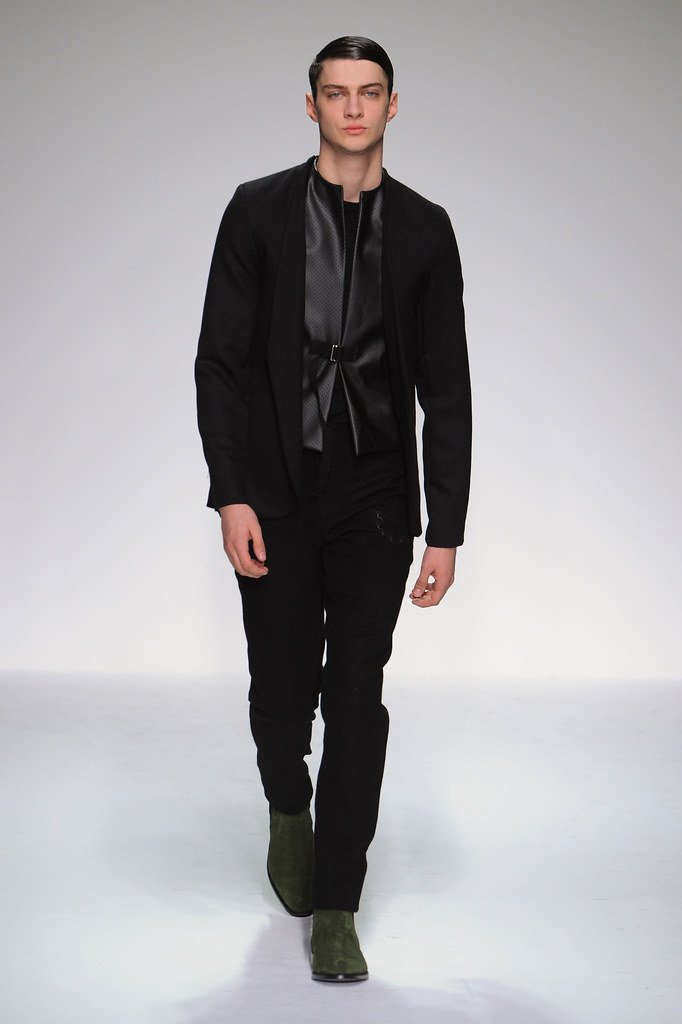 FW13 London Lee Roach017_Matthew Bell(fashionising.com)