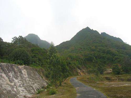 Gunung Sibayak Sumatra Trail