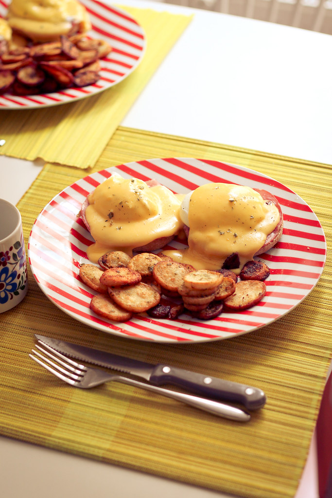 Homemade eggs benedict for brunch