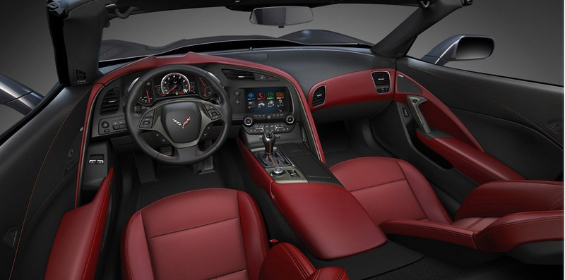 2014-chevrolet-corvette-stingray-interior-details