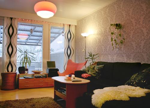 Kitten-livingroom