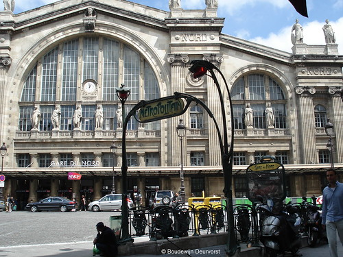 Paris Metro entrance @ Gare du Nord