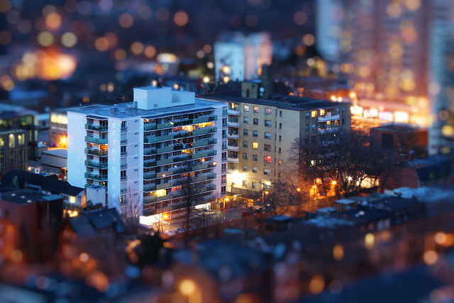 8256554832 a2a979a788 z 30 Images Of Real Cities That Look Like Miniatures
